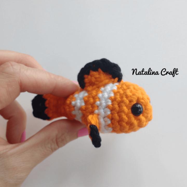 free crochet pattern clownfish