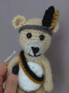 small crochet bear