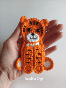 crochet tiger applique
