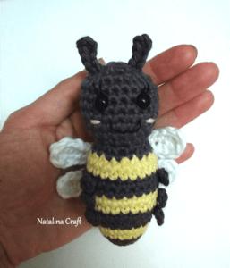 crochet honey bee
