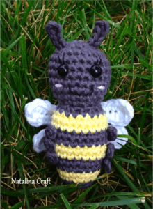 how to crochet a bee