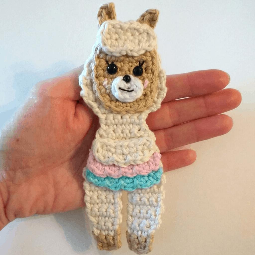 Cute Crochet Car Applique – Free Pattern | Crochet applique ... | 1024x1024